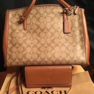 Coach large Christie Carryall+Saddle wallet+ID SET